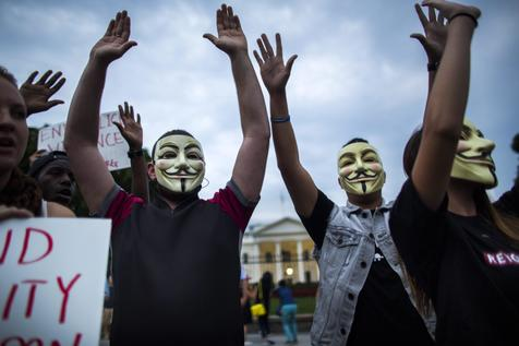 Hackers do Anonymous declaram guerra contra Estado Islâmico