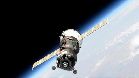 Nave Soyuz MS-14 consegue atracar na ISS